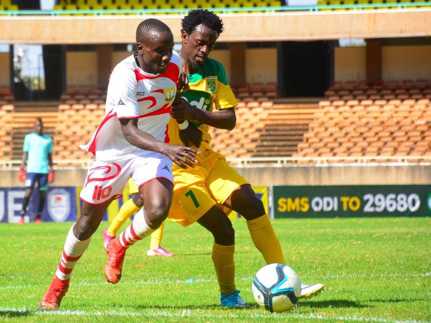 Kakamega Homeboyz (left) against Mathare United at the Moi International Sports Centre on January 19. Homeboyz lost 2-3