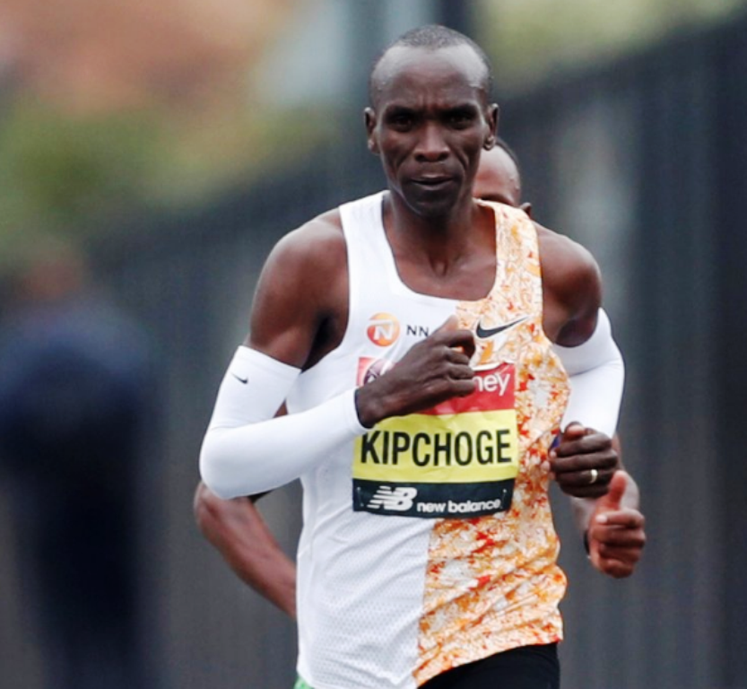 Eliud Kipchoge pounds London enroute a back-to-back victory and his fourth overall