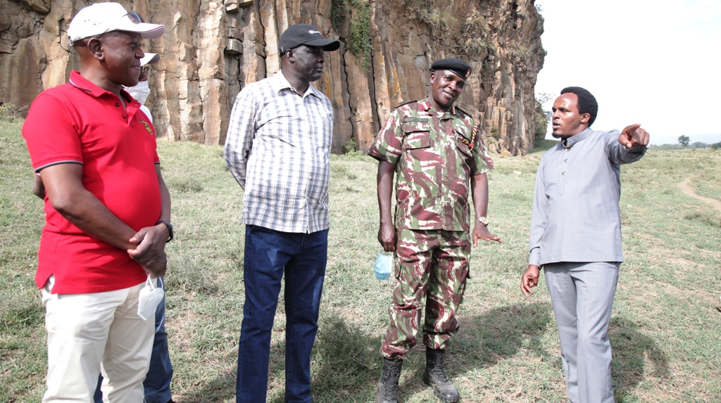 Norris Ongalo (left) Safari's in charge of safety tells the organising meeting on Friday in Naivasha that 1,200 safety managers and marshalls will undergo thorough training.